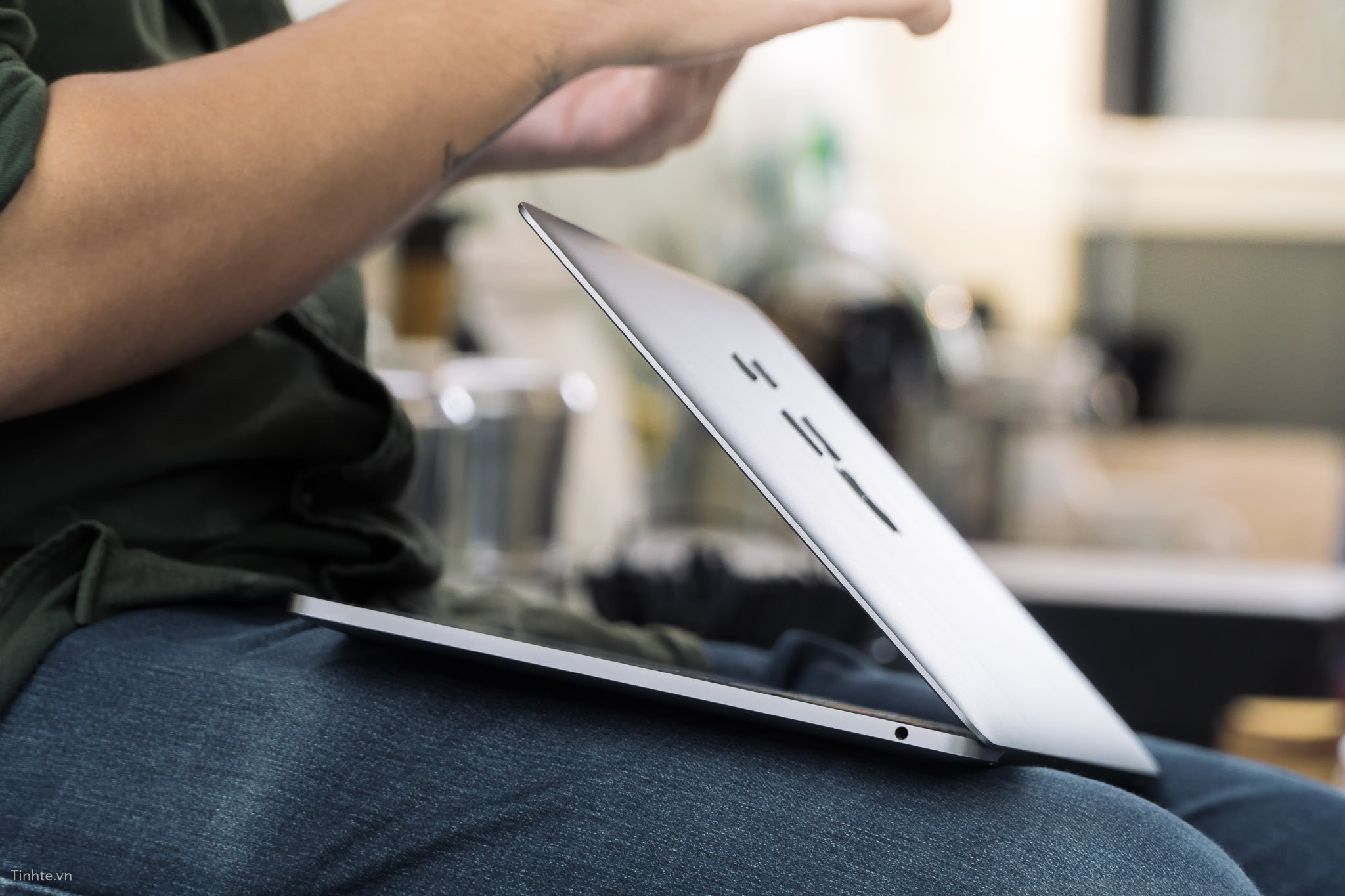 MacBook 2015 và 2017, đâu là lựa chọn tốt nhất?