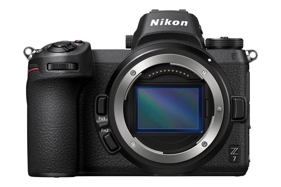 Đang tải Nikon-Z7-960x640.jpg…
