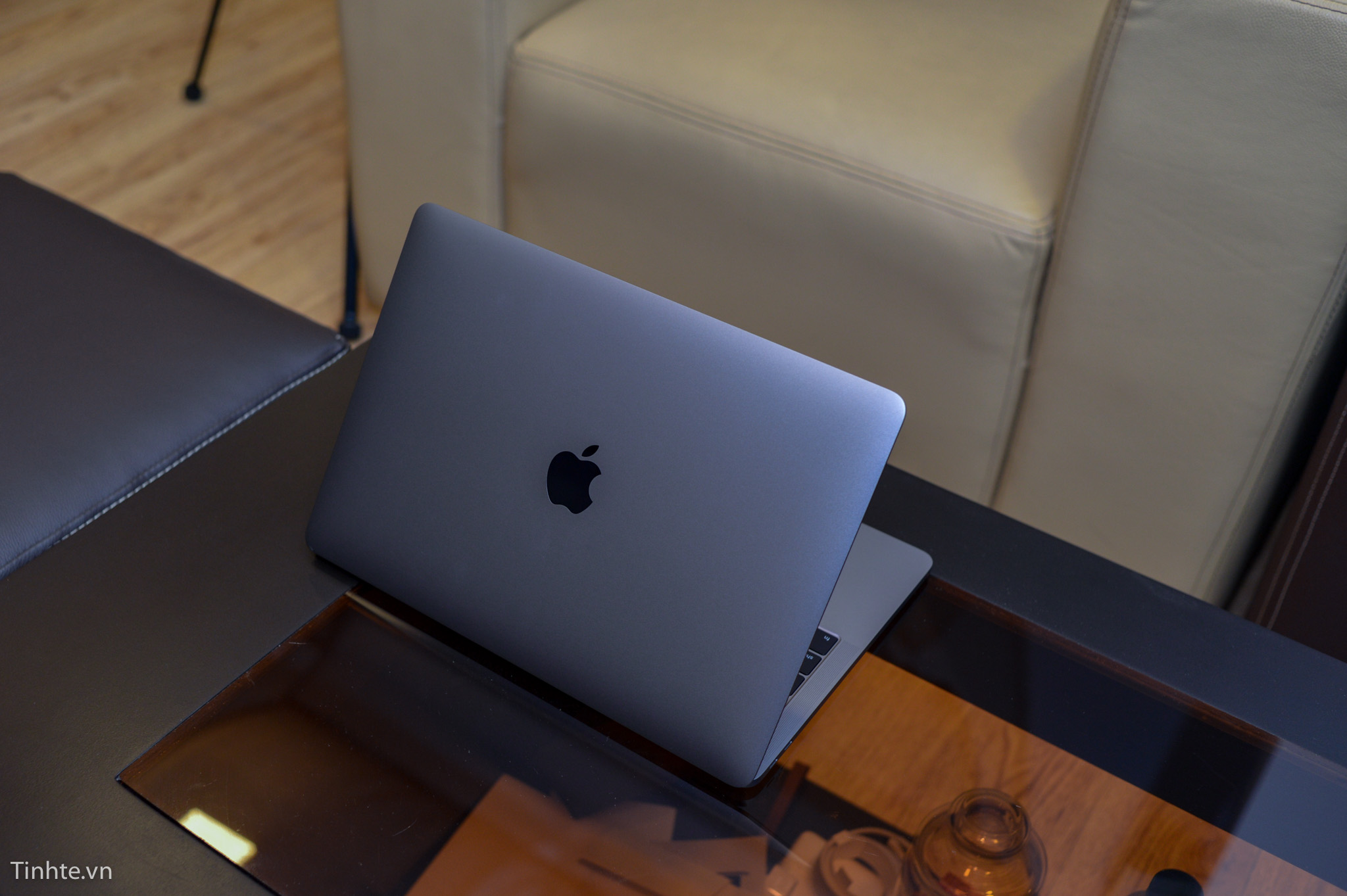 Macbook_Pro_13_late_2016-8.jpg