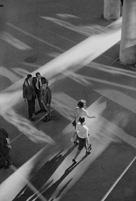 BRAZIL.-Rio-de-Janeiro.-1960.-Ministry-of-Health-planned-by-architect-Oscar-NIEMEYER..jpg