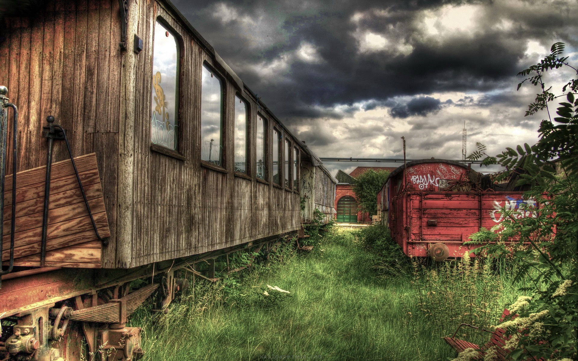 trains-hdr-photography