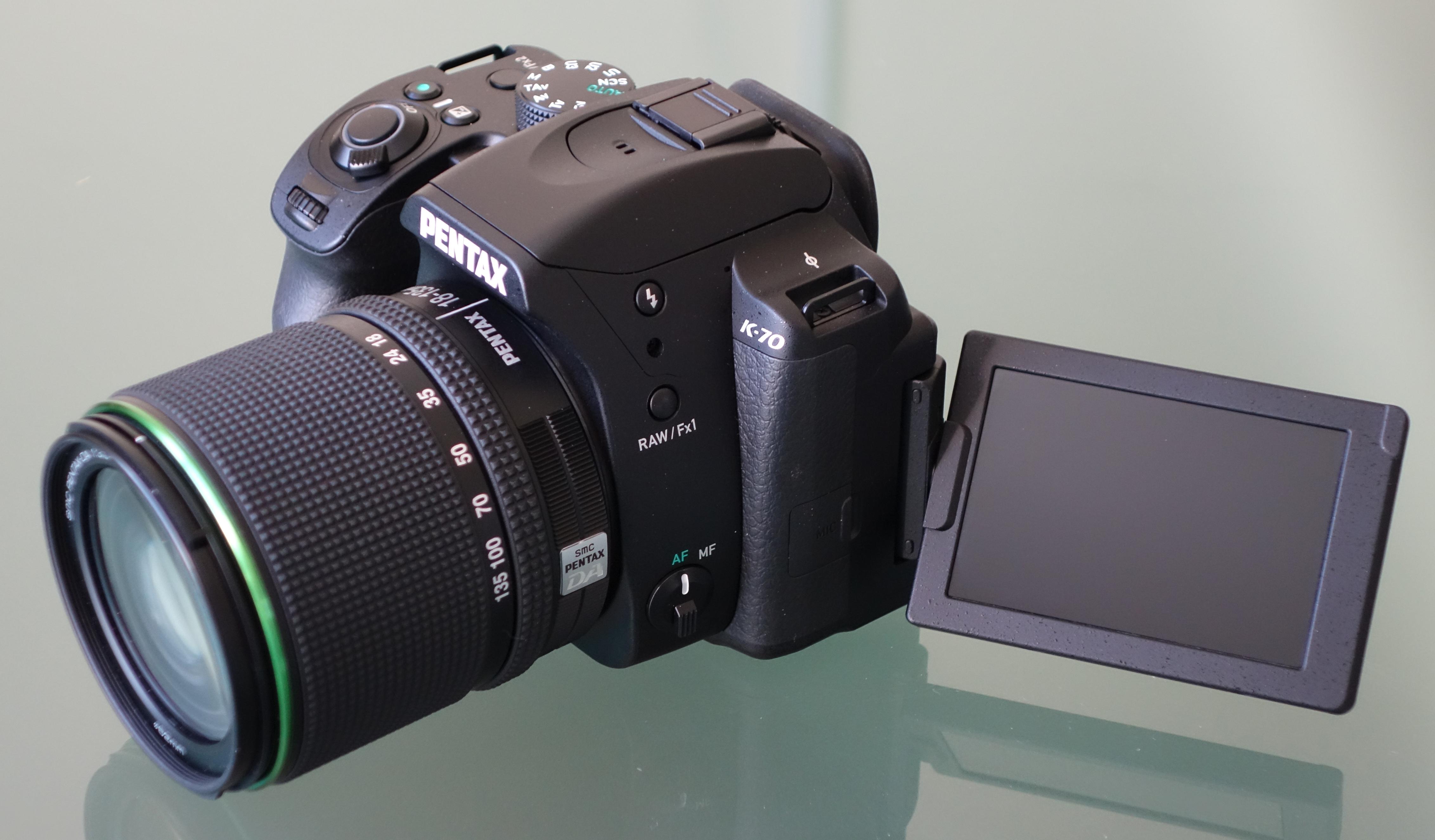 Nikon chính thức phát hành bản cập nhật firmware 2 01 cho máy ảnh