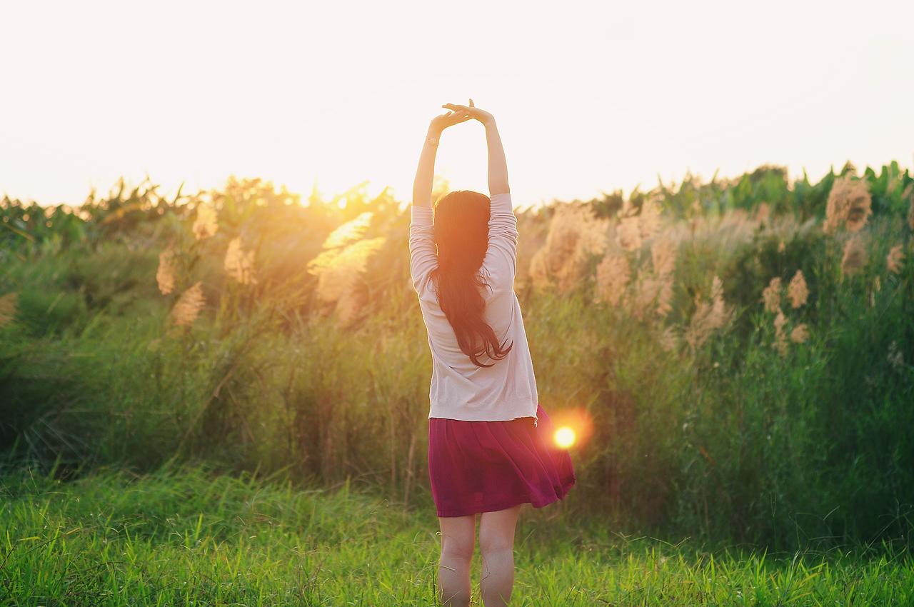 Hãy Di Chuyển Xung Quanh Và Đảm Bảo Lưng Của Bạn Quay Về Phía Mặt Trời.  Ngoài Ra, Vào Buổi Trưa Khi Mặt Trời Ở Trên Cao, Người Chụp Có Thể Di ...