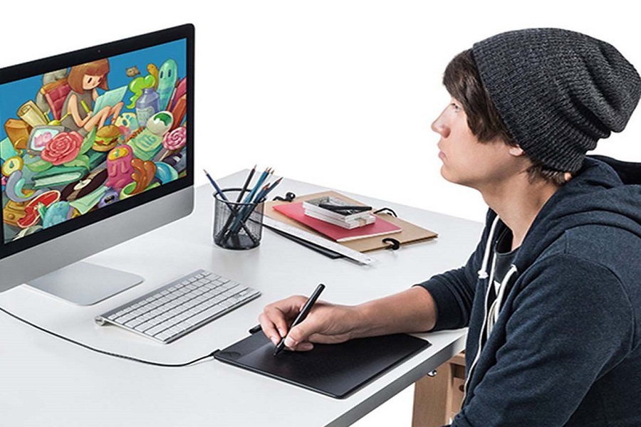 wacom-intuos-art-pen-and-touch-tablet-1