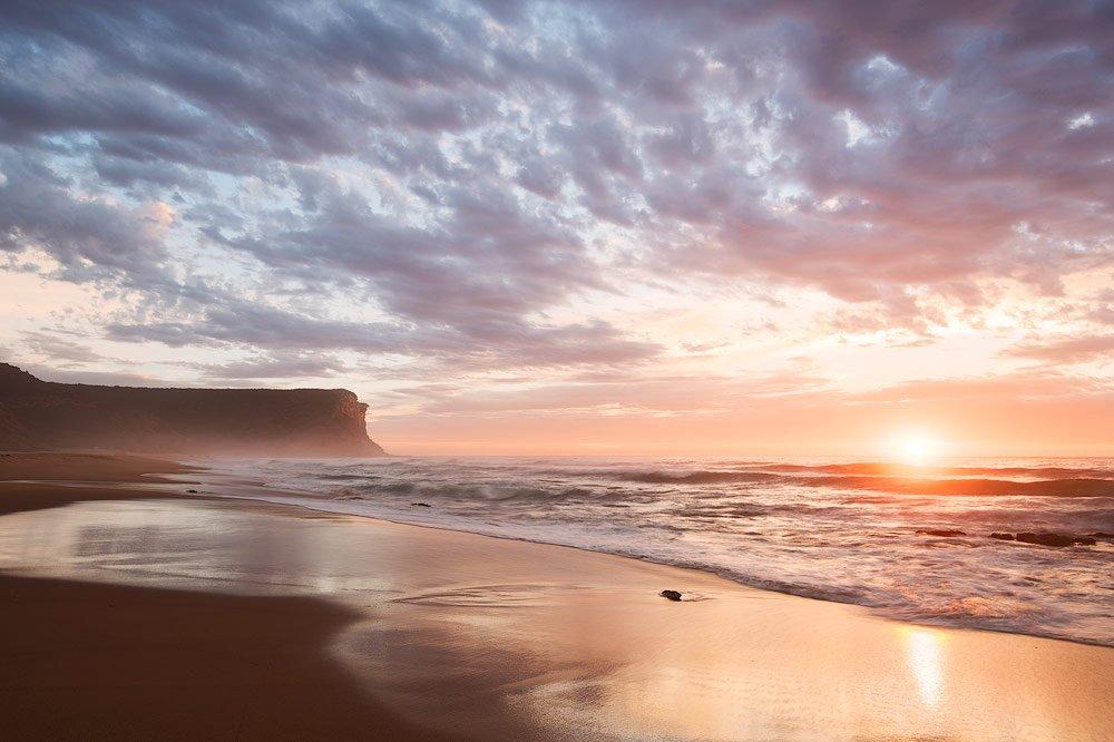 light-bleeding-sunrise-photography