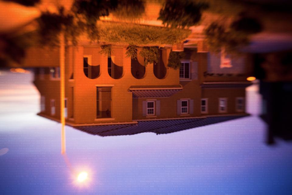 Nhiếp ảnh gia Amanda Dahlgren đã sử dụng Wacom để pha trộn một cách tinh tế văn bản với hình ảnh.