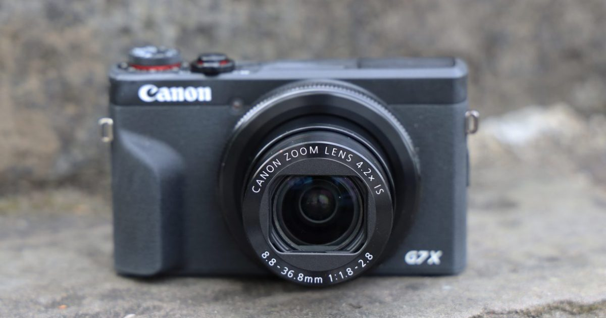 canon_g7x_markii_product_04-1220x813