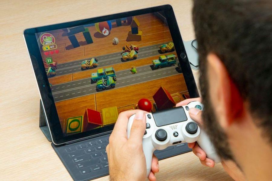 apple-arcade-controller
