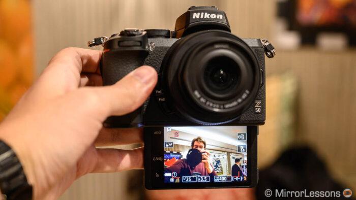 nikon-z50-tilting-screen-700x394