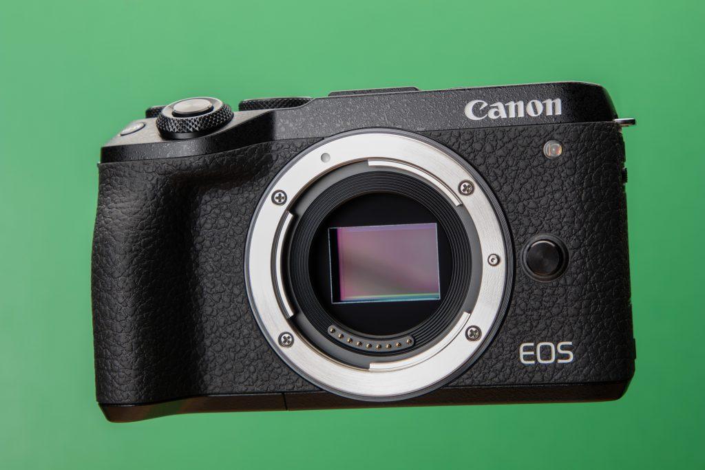 canon_eos_m6_mark_ii_sensor