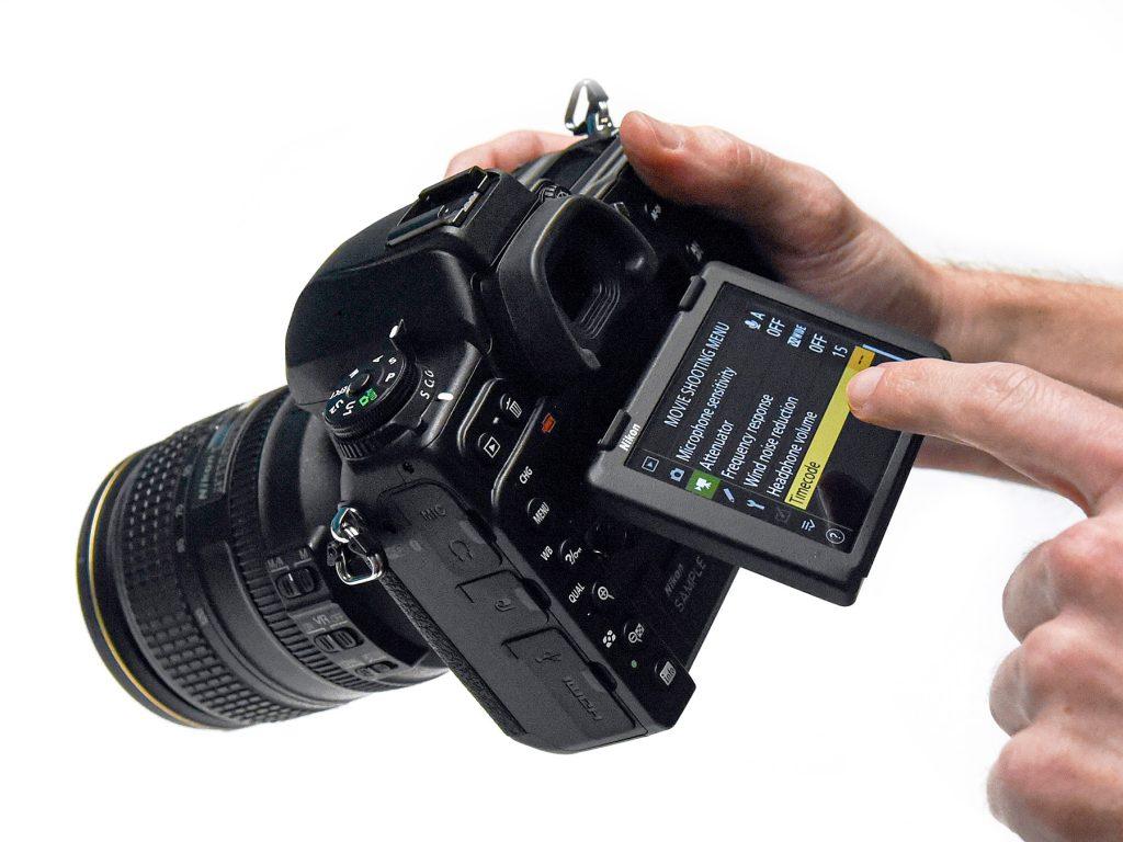 nikon-d780-touchscreen