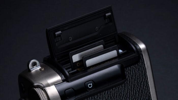 fuji-x-pro3-card-slots-700x394
