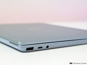 surface-laptop-go-4