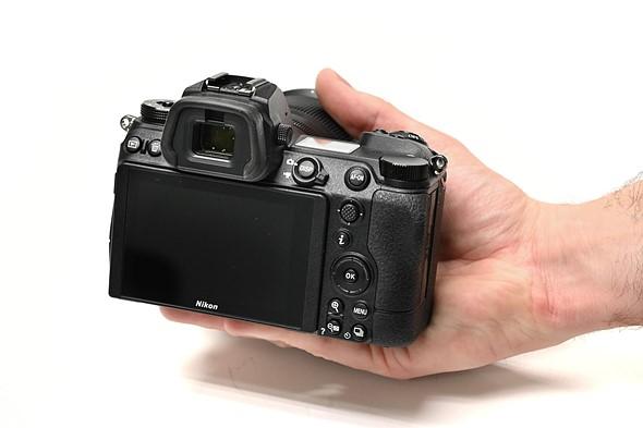 Nikon_Z6_II_controls