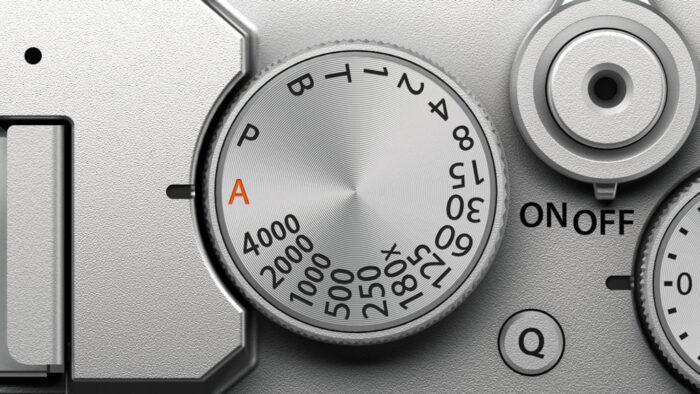 Fujifilm-XE4-shutter-speed-dial-700x394