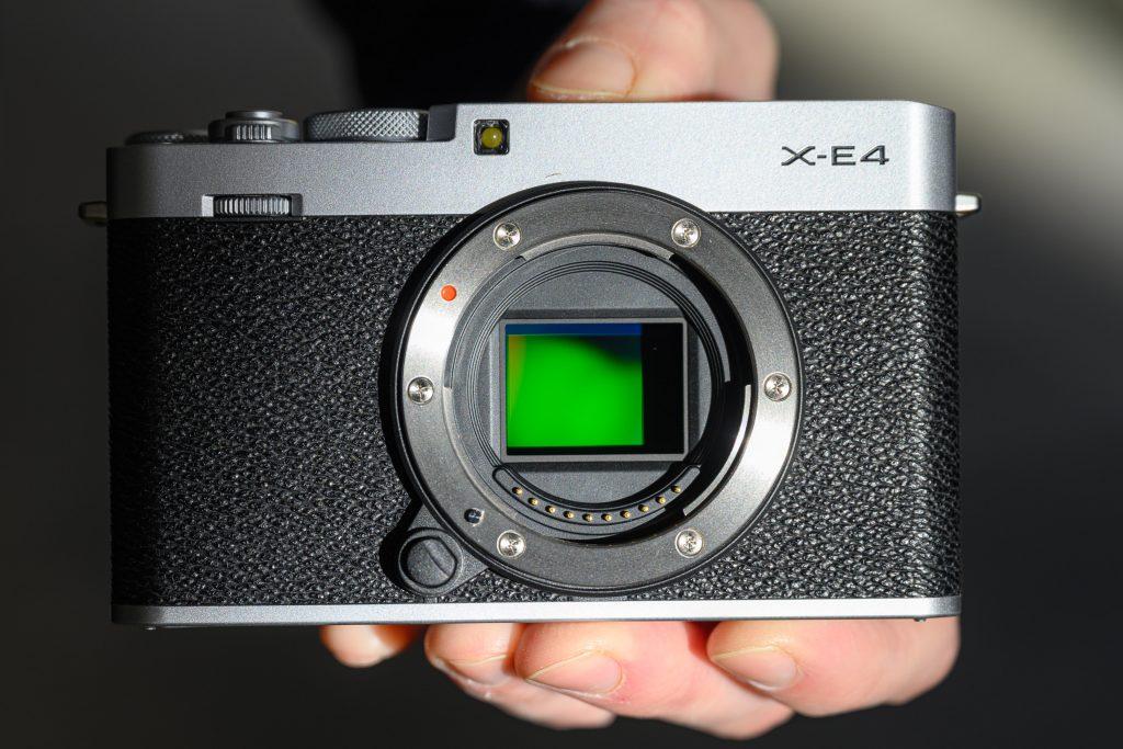 Fujifilm-X-E4-hands-on01