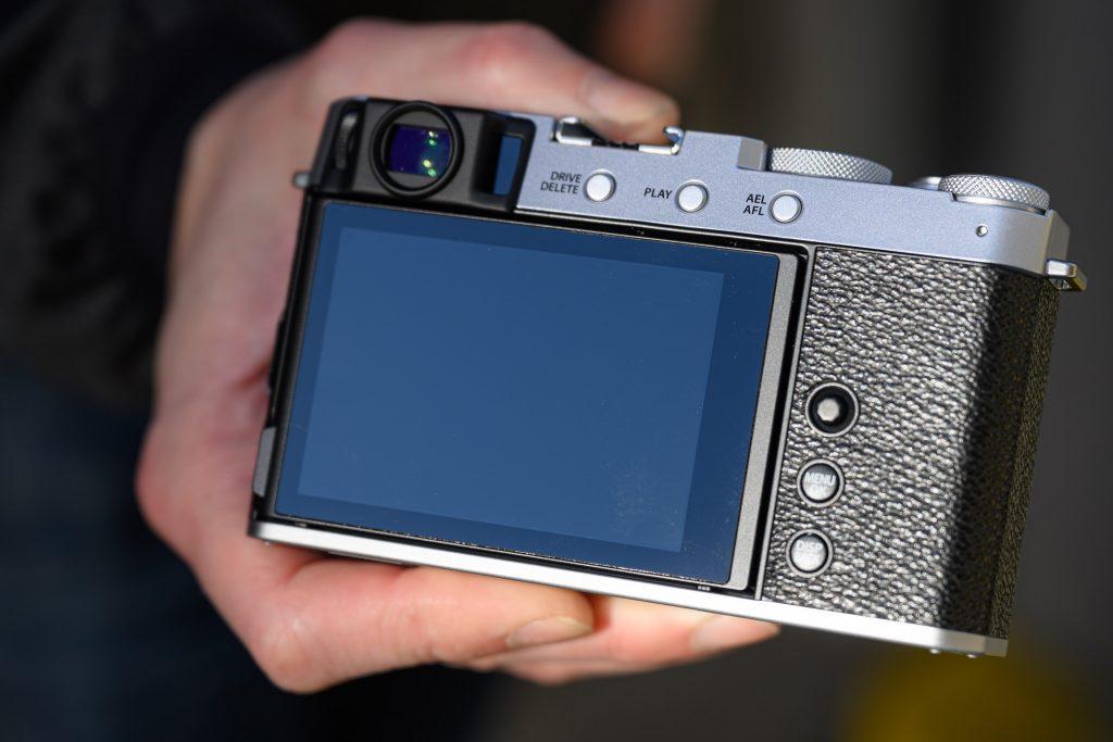 Fujifilm-X-E4-hands-on04