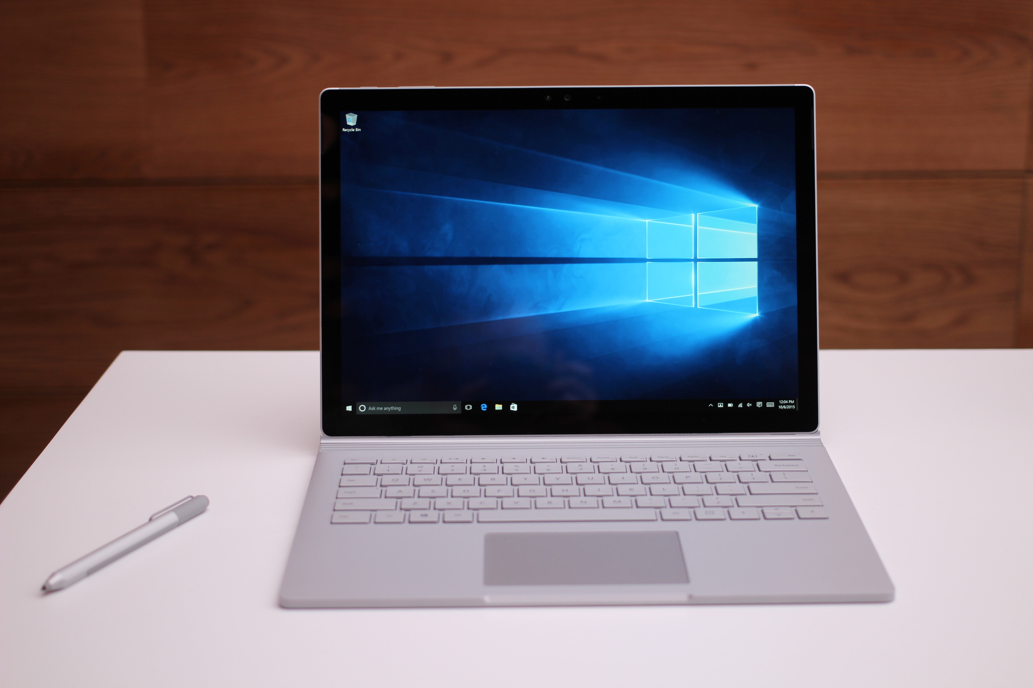 Surface Book 2 13.5 inch – Core i5 / Ram 8GB / SSD 256GB 1