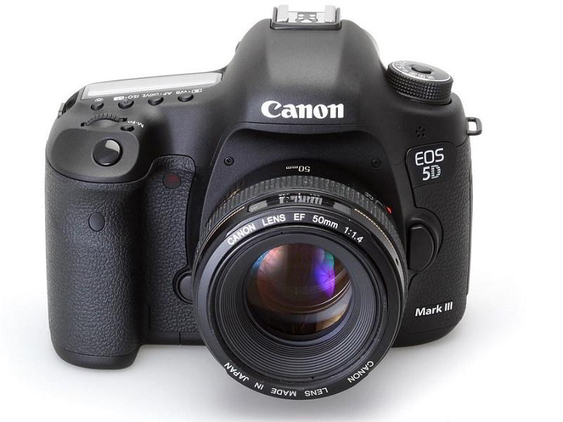 Có nên mua máy ảnh Canon 5D Mark III không?