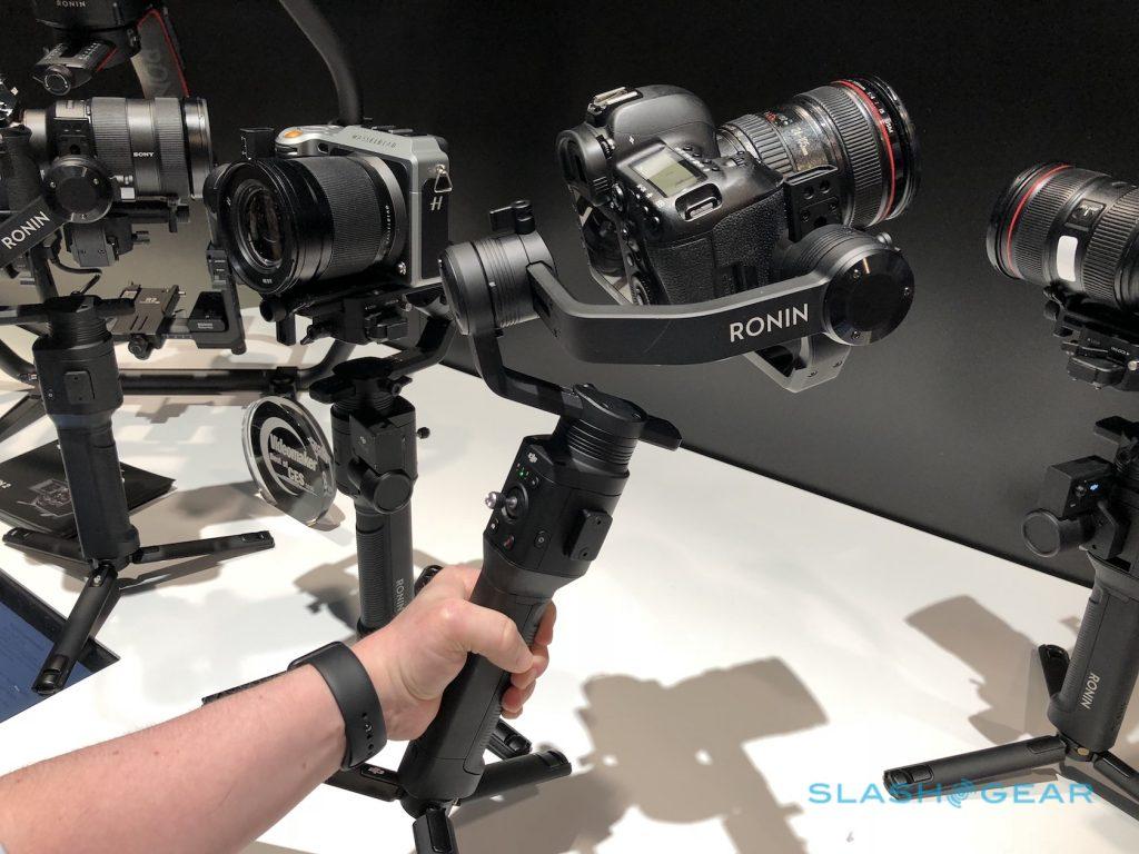 Cận cảnh Gimbal DJI Ronin-S cho máy ảnh DLSR/mirrorless: Đáng trông đợi