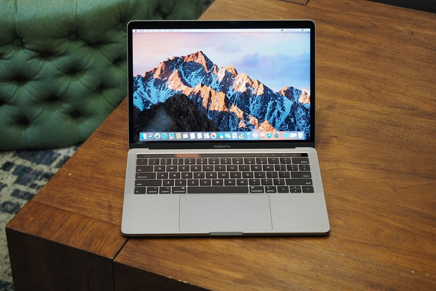 Macbook Pro 2018: Hiệu năng mạnh mẽ, SSD nhanh nhất