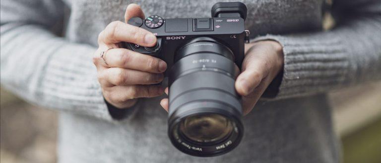 Đánh giá máy ảnh mirrorless Sony A6400